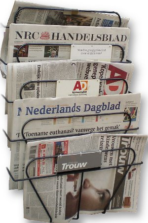 Dutch_newspapers300x453.jpg